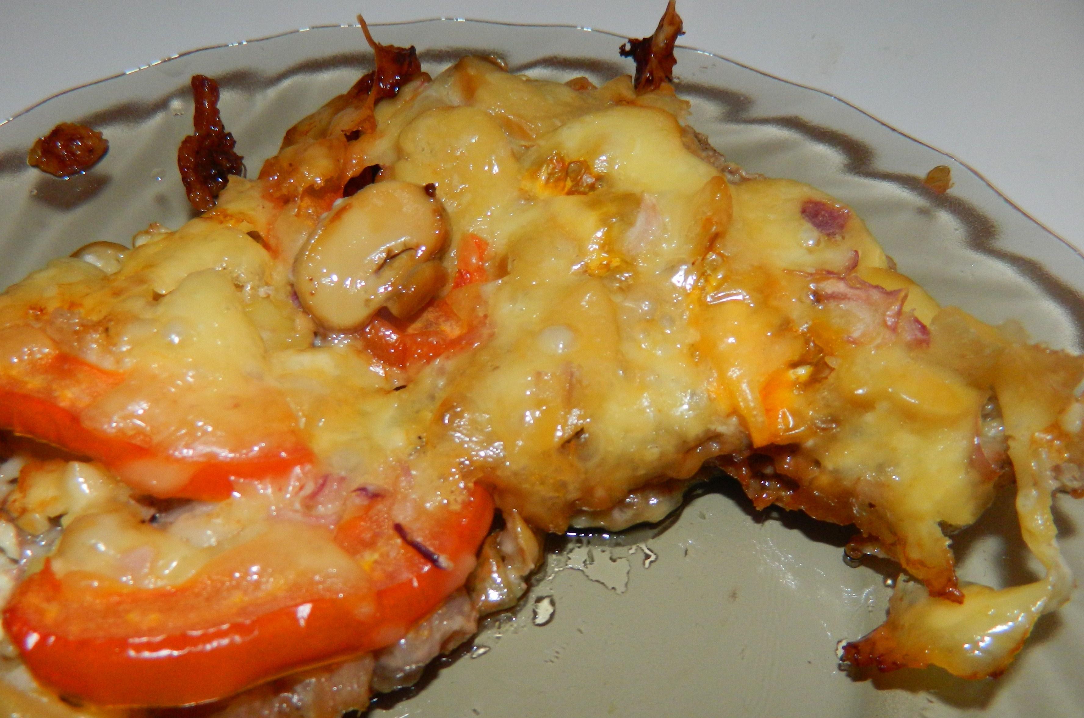 рецепт мяса по-французски с помидорами грибами сыром