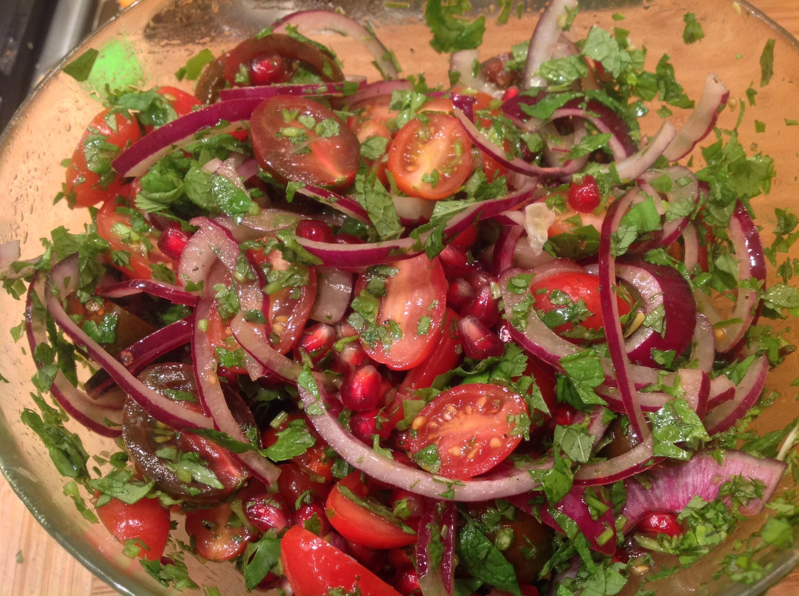 Рецепт с красным салатом