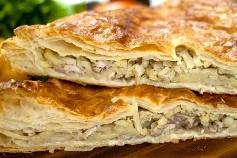 Слоеный пирог с курицей рецепт пошагово 3