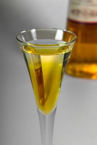 Лимонный ликер с базиликом