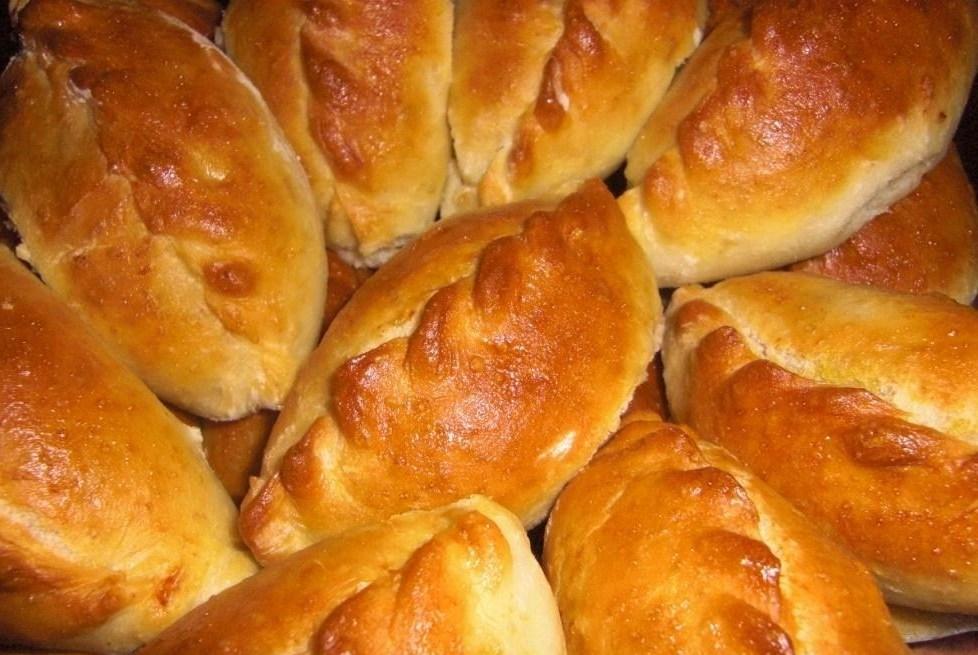 Попробуйте также и вкусные жареные пирожки с картошкой.