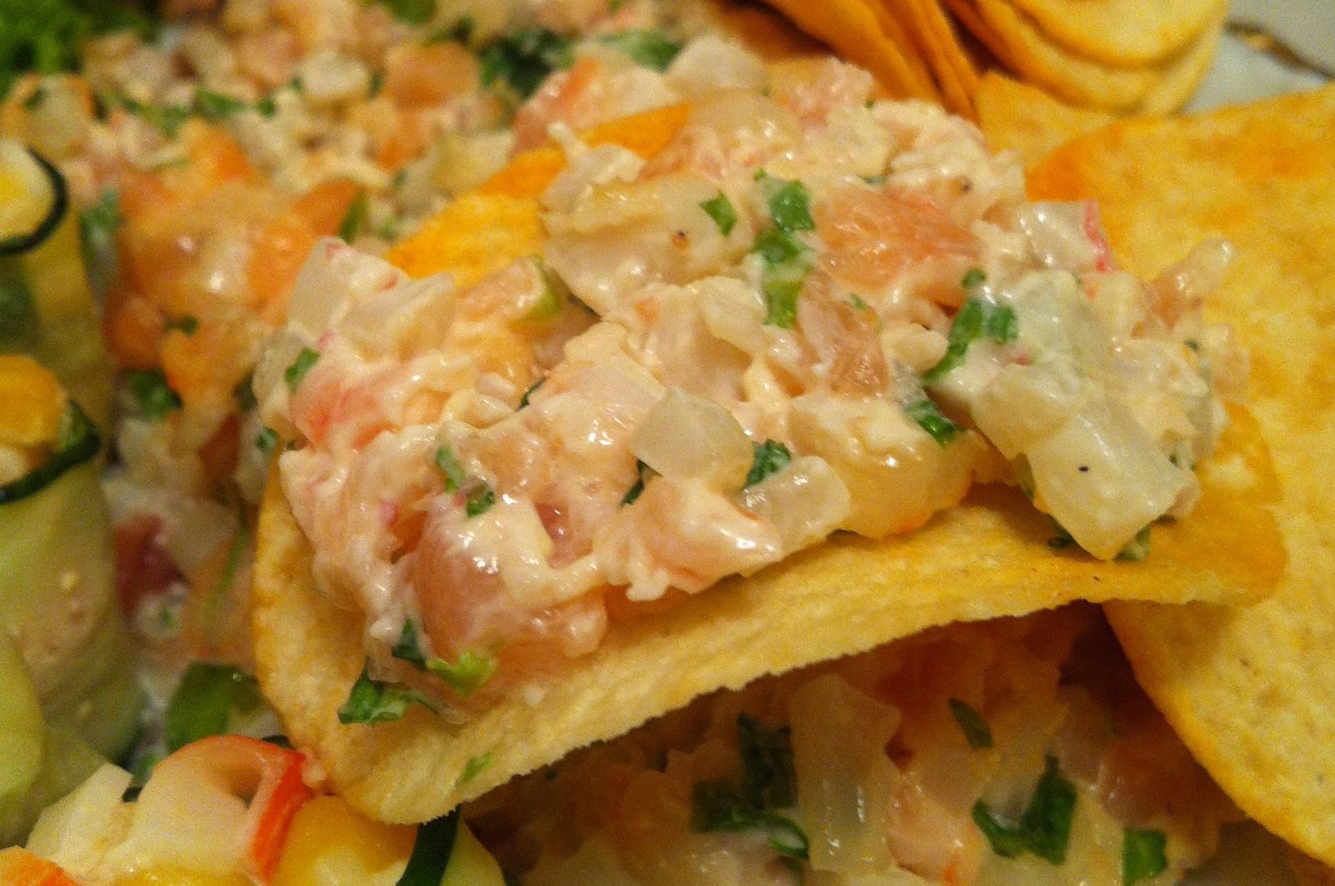 салат с креветками и чипсами рецепт