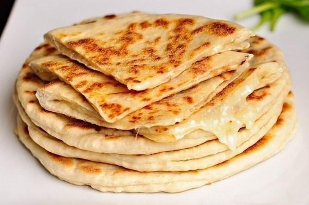 рецепт быстрых лепешек с сыром с ветчиной
