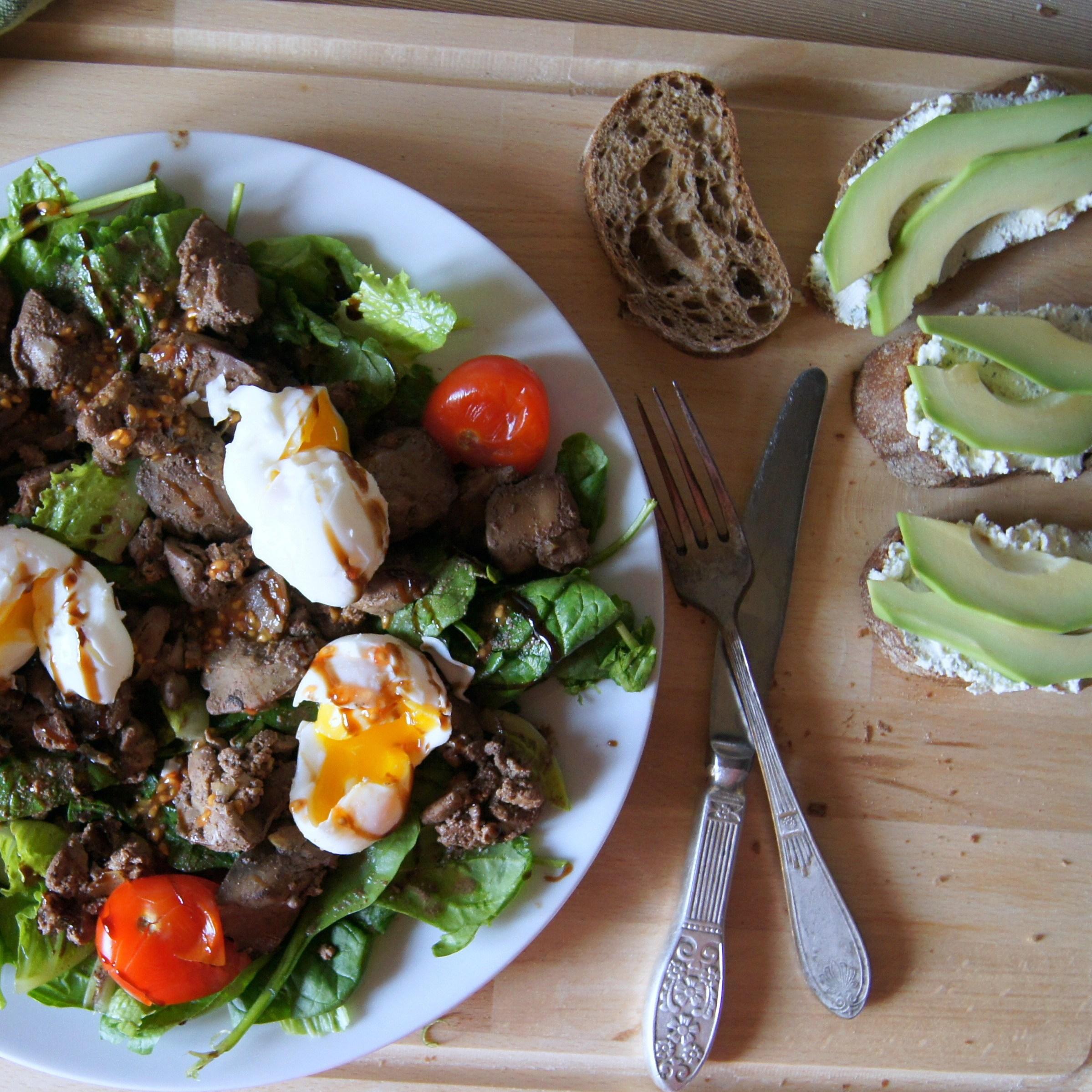 Тёплый салат с куриной печенью рецепт