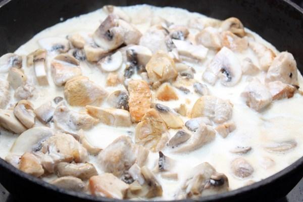 Филе с грибами в сливках