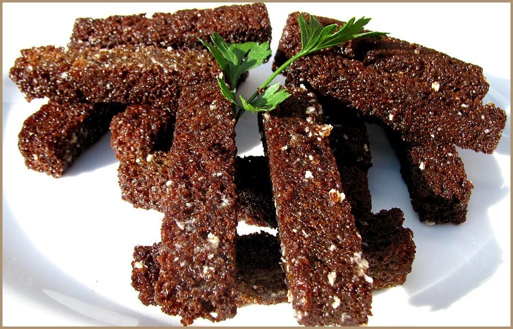 чесночные гренки из черного хлеба в духовке