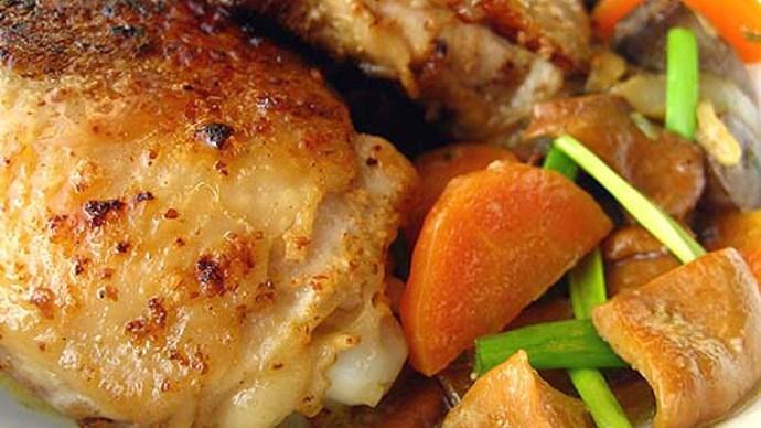 Как лучше приготовить филе бедер курицы: рецепт на любой