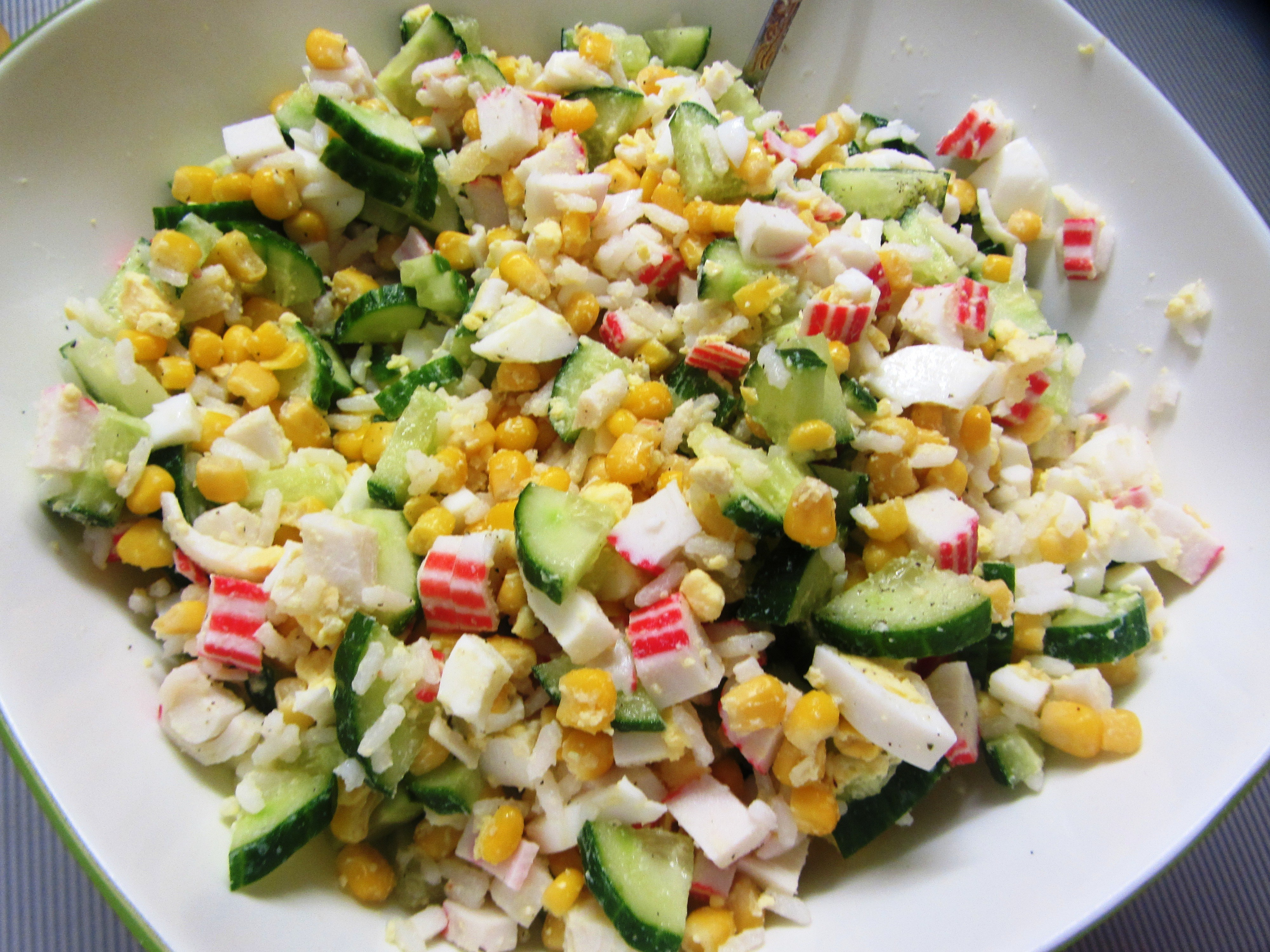 крабовый салат рецепт классический с фото