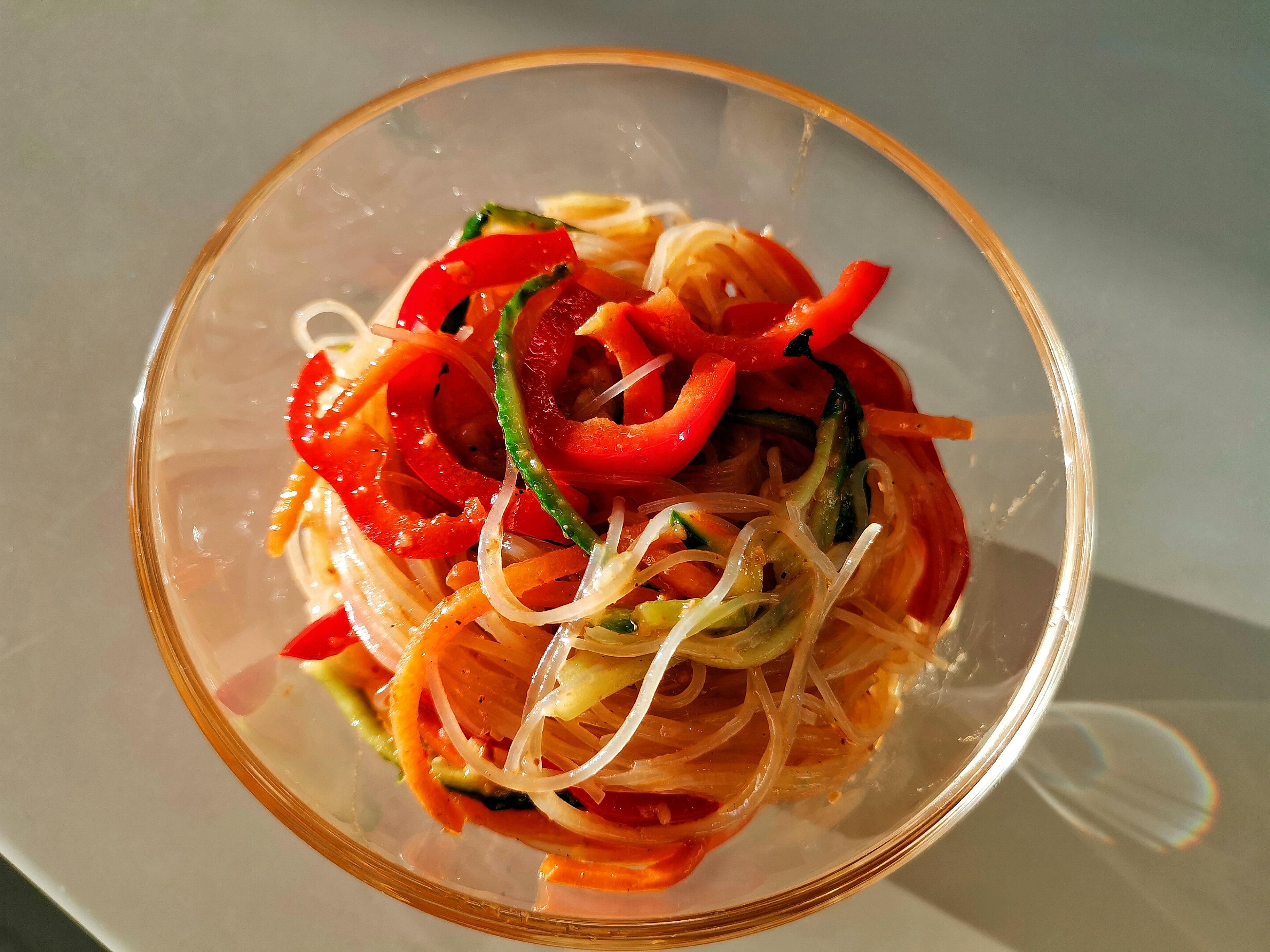 Фунчоза с овощами и морковью по-корейски