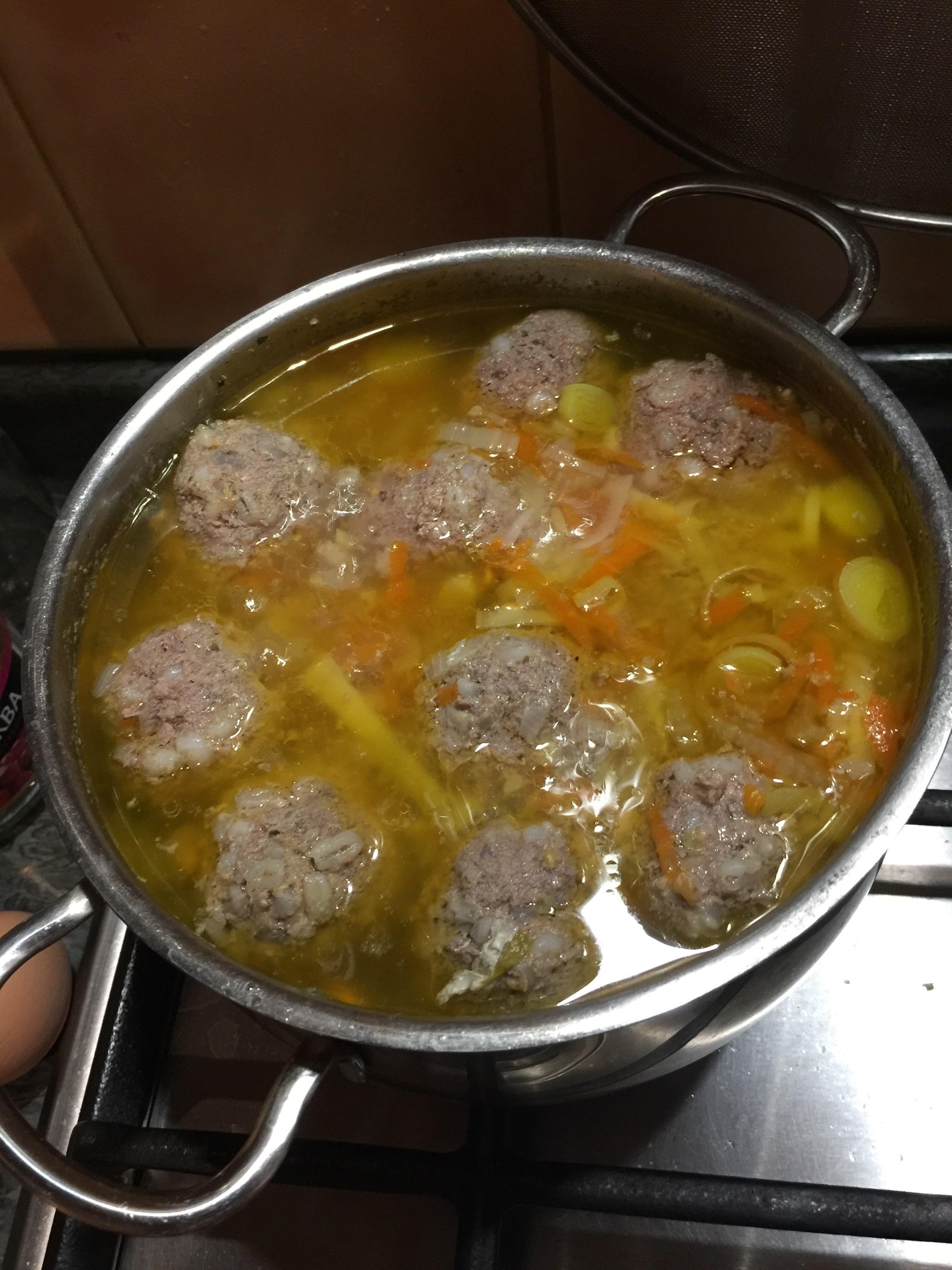 Куриный суп с цветной капустой горошком и сыром  рецепт