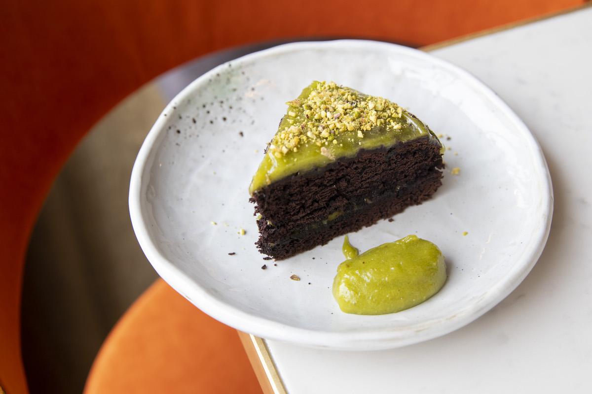 Десерт «Шоколадное авокадо»