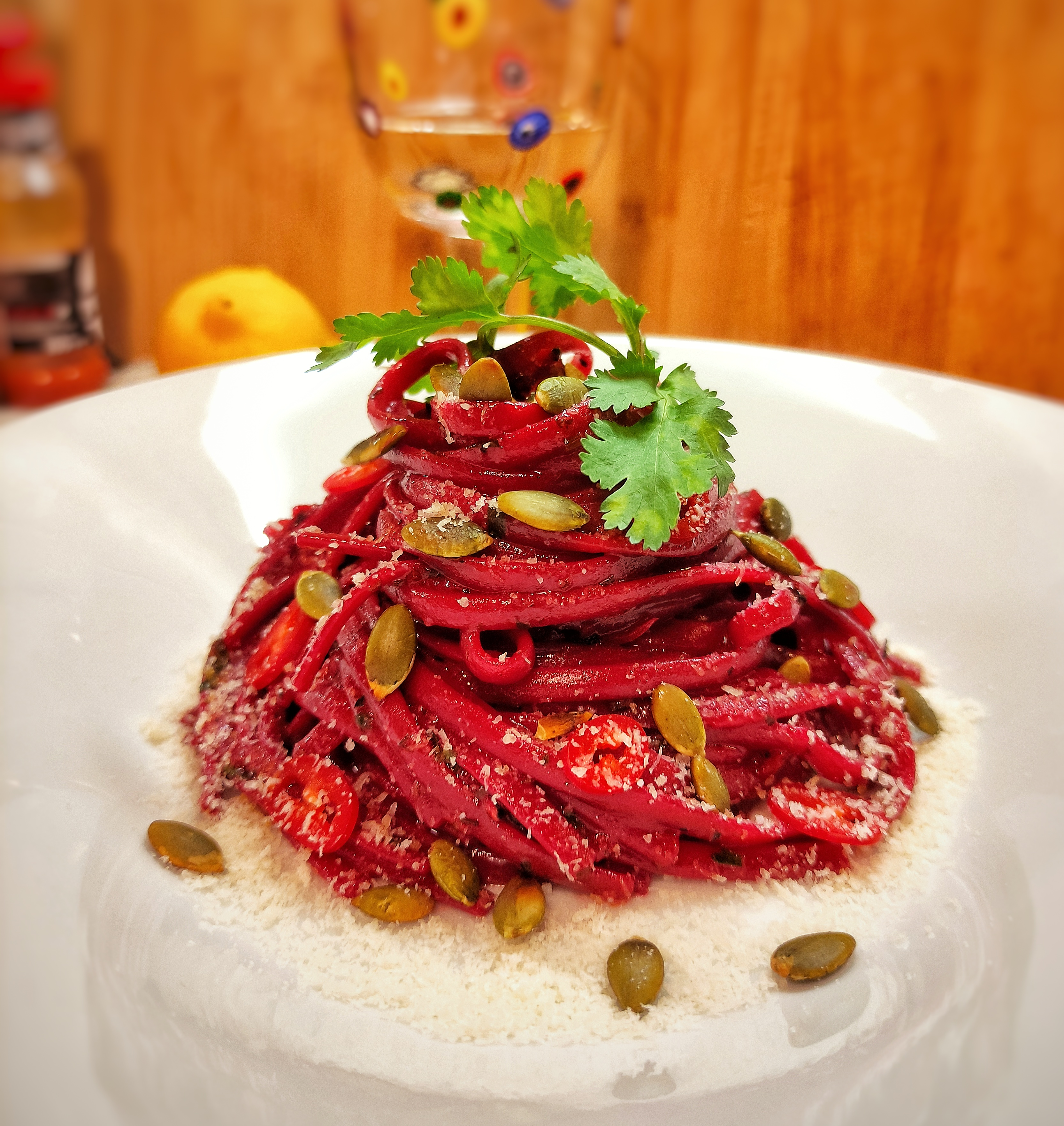 Спагетти с чили и красным вином